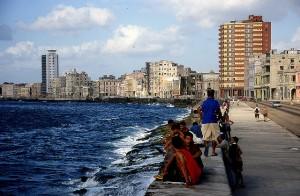 """La Habana. """"Maleconeando"""". Foto: JFabra"""